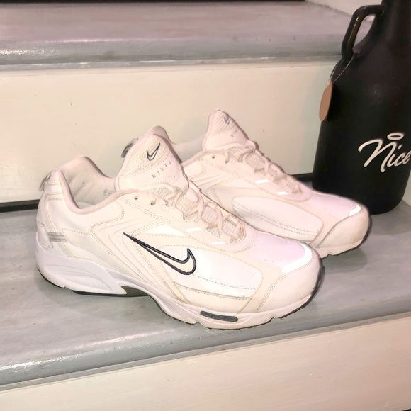 Nike Air Impel Leather Sneakers Size 10